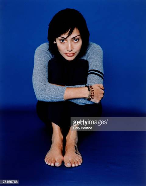 Australian actress and singer Natalie Imbruglia poses for a portrait shoot in London 2nd October 2000