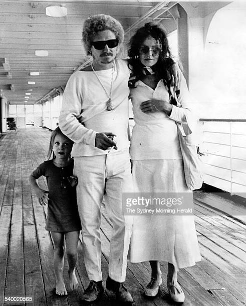 Australian artist Brett Whiteley arrives back in Sydney with wife Wendy and daughter Arkie 45yrs 2 November 1969 SMH Picture by MARTIN BRANNAN