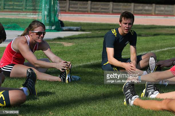 """Australian athlete Sally Pearson warms up during the Adidas Kids Clinic of the IAAF Diamond League Memorial Van Damme meeting at the """"De Drie..."""