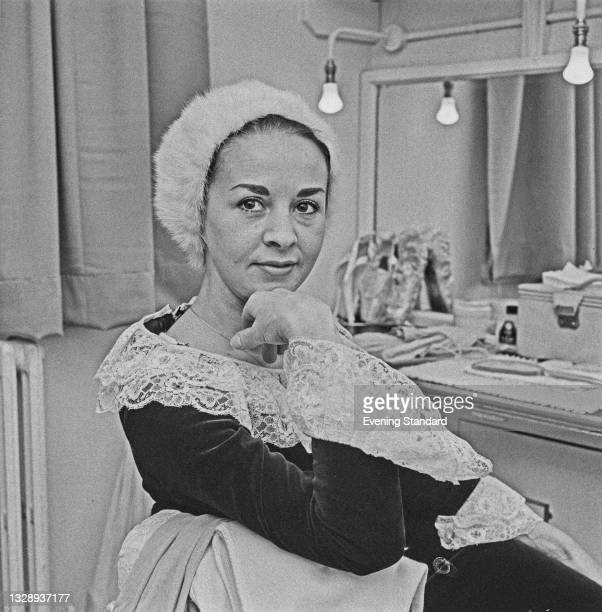 Australian ballerina Elaine Fifield , a principal dancer with the Australian Ballet, UK, 4th October 1965.