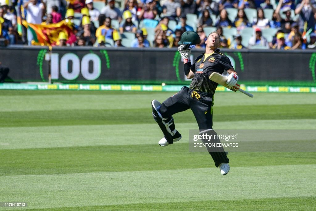 TOPSHOT-Cricket-T20-AUS-SRI : News Photo