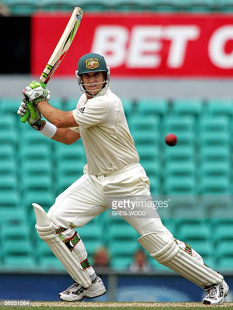 Australian batsman Matthew Hayden plays a cut shot during the Test match against South Africa in Sydney, 06 January 2006. Australia need to score 287...