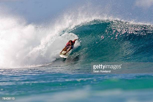 Australian Bede Durbidge competes during Foster's ASP World Tour and Vans Triple Crown of Surfing in the Billabong Pipeline Masters December 11 2007...