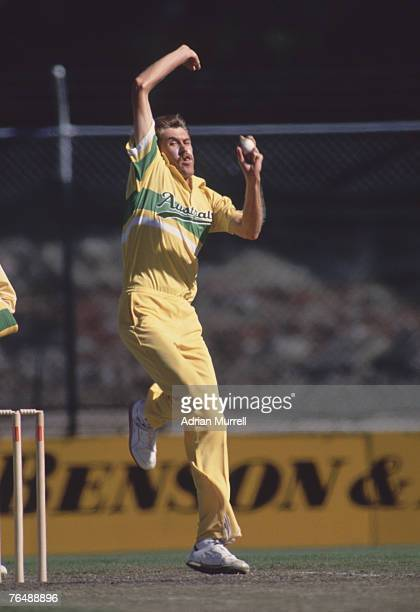 Australian bowler Bruce Reid in action against New Zealand in the World Series finals at Melbourne January 1991
