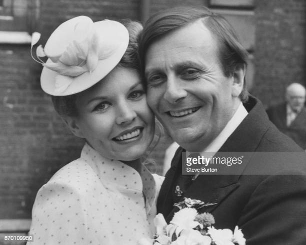 Australian comedian Barry Humphries, known for his alter ego Dame Edna Everage, marries artist Diane Millstead at St James' Piccadilly, London, 16th...