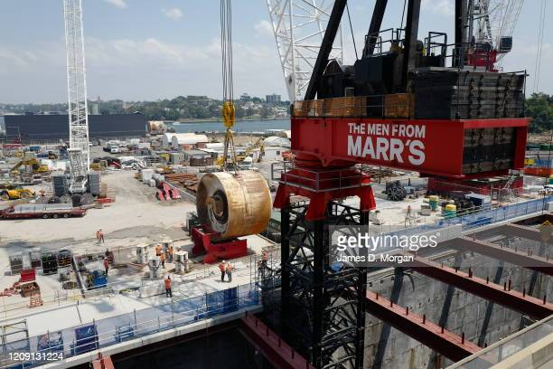 Australian crane company Marr Contracting completes the world's heaviest tower crane lift with one of its M2480D cranes the world's largest capacity...