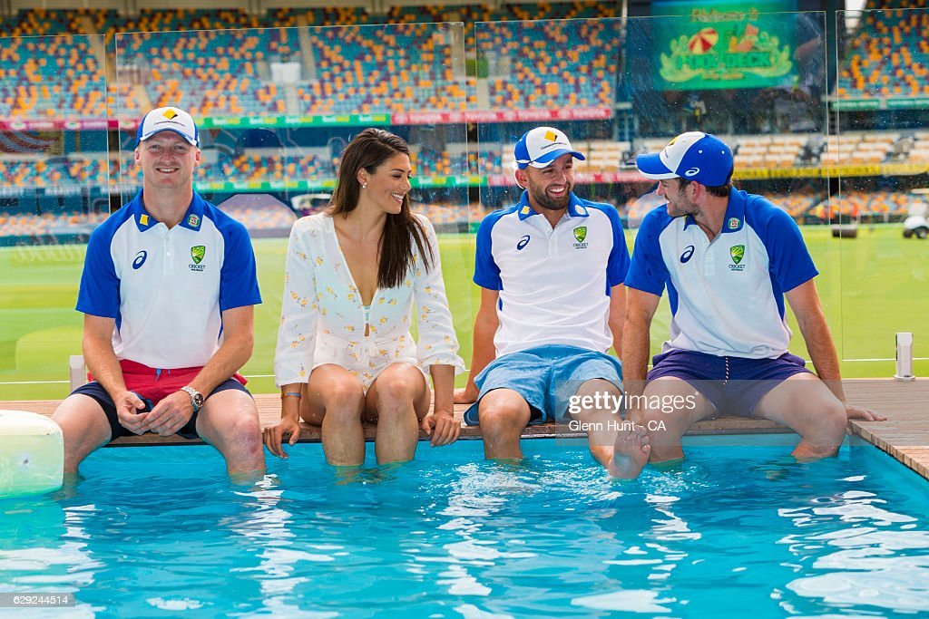 Commonwealth Bank Day-Night Test Gabba Pool Deck Launch : Nachrichtenfoto
