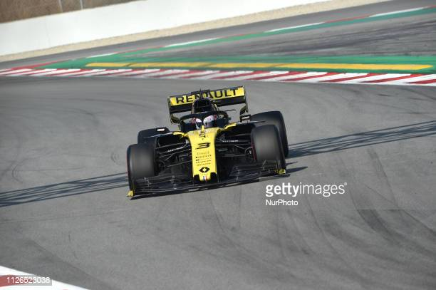 Australian driver Daniel Ricciardo of French team Renault F1 Team driving his singleseater RS19 during Barcelona winter test in Catalunya Circuit in...