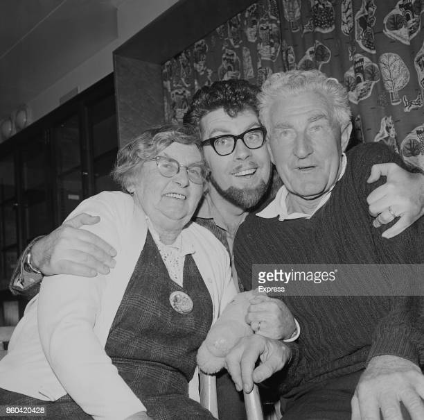 Australian entertainer Rolf Harris with his parents Agnes and Cromwell Southampton 6th April 1967