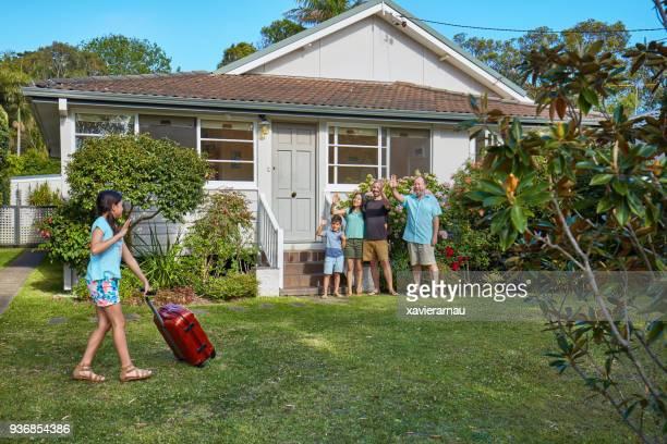 Australische familie afscheid aan dochter verlaten op een reis