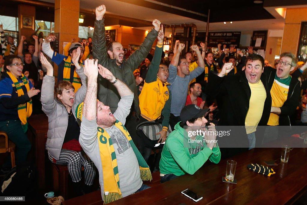 Australian Fans Watch 2014 FIFA World Cup : News Photo