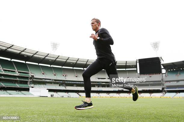 Australian fast bowler Peter Siddle trains on the ground in the tea break during day one of the Sheffield Shield match between the Victoria...