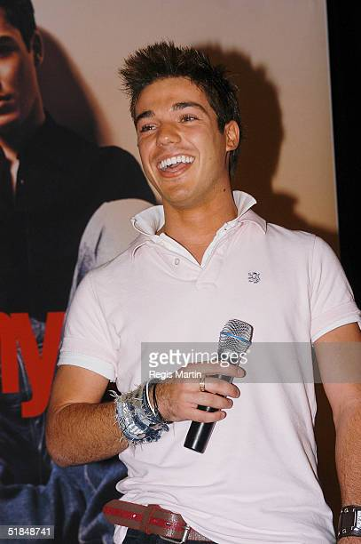 Australian Idol 2004 runner up Anthony Callea performs during his first ever instore appearance for the launch of Virgin Megastore at Myer December...