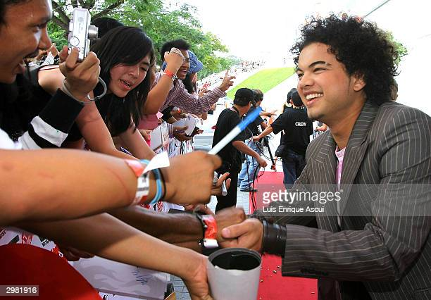 "Australian Idol Guy Sebastian arrives at the ""MTV Asia Awards 2004"" at the Singapore Indoor Stadium on February 14, 2004 in Singapore. The third..."