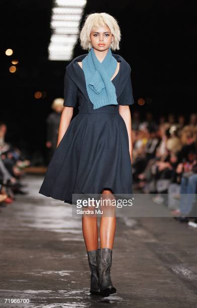 Australian model Samantha Harris showcases an outfit by designer Zambesi as part of Air New Zealand Fashion Week 2006 at Pier 21 Drystack Boat Park,...