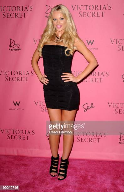 Australian model Sophie Turner arrives at the reveal of Victoria's Secret Supermodels celebration of the 2010 5th Annual 'What Is Sexy' List...