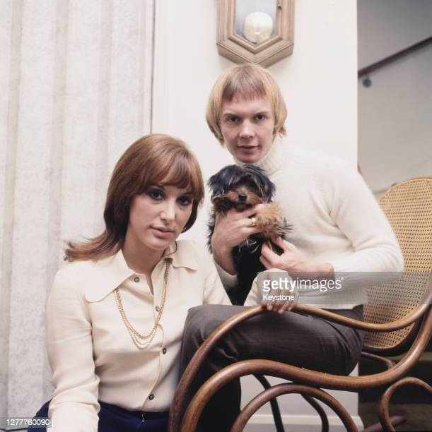 Australian musician Colin Petersen, the drummer for the Bee Gees, with his wife Joanne Newfield at their home in London, UK, circa 1968.