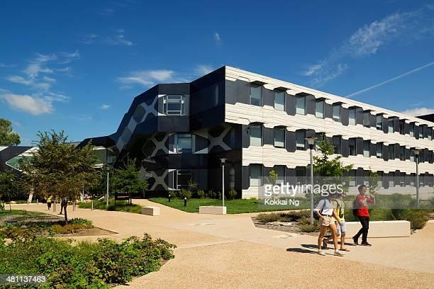 université nationale d'australie-carl von linné building - canberra photos et images de collection