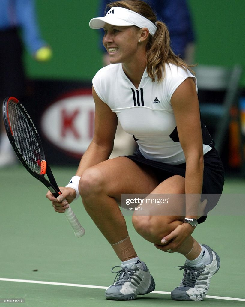 Australian Open Tennis 2004 at Melbourne Park  Alicia Molik vs