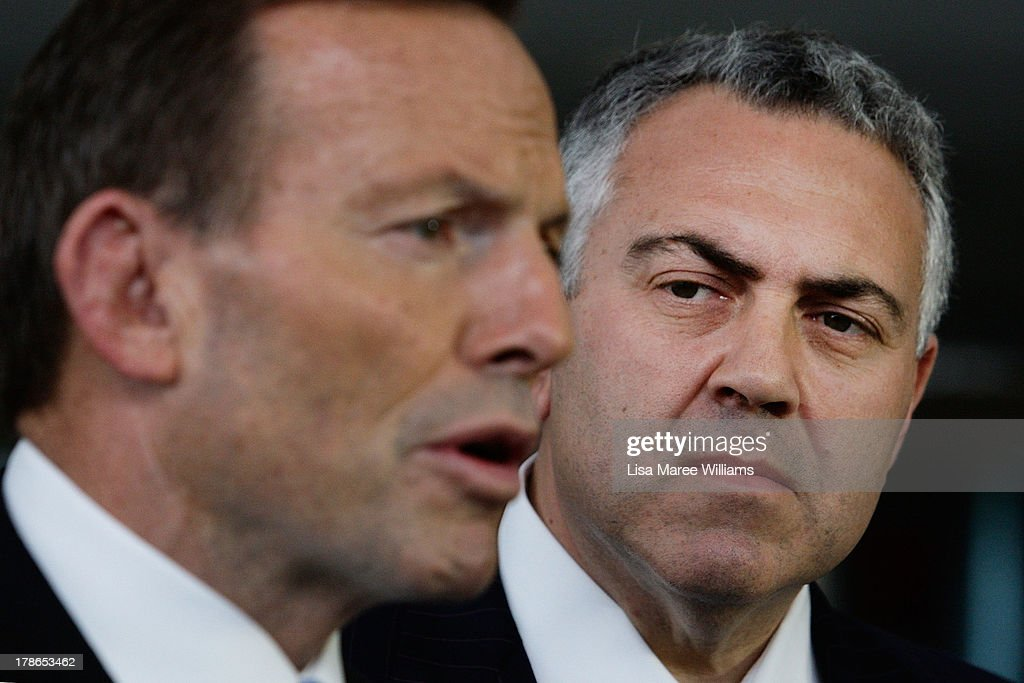 Opposition Leader Tony Abbott Campaigns In Melbourne : News Photo