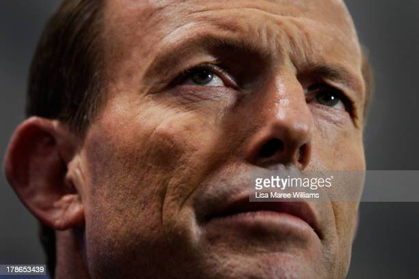 Australian Opposition Leader Tony Abbott speaks to the press at Headspace on August 30 2013 in Melbourne Australia Tony Abbott announced that the...