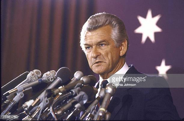 Australian PM Robert Hawke speaking at the Australian embassy during his visit to the US