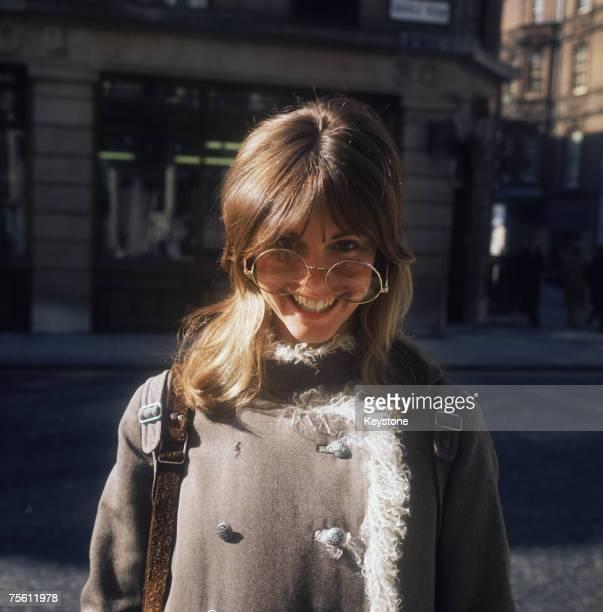 Australian pop singer Olivia NewtonJohn in a pair of oversize glasses circa 1970