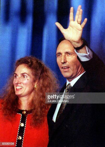Australian Prime Minister Paul Keating waves to supporters after his reelection 13 March 1993 The Australian Labor Party has suceeded in winning its...