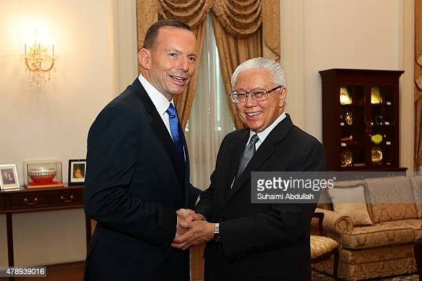 Australian Prime Minister Tony Abbott calls on Singapore President Tony Tan Keng Yam at the Istana on June 29, 2015 in Singapore. Australian Prime...