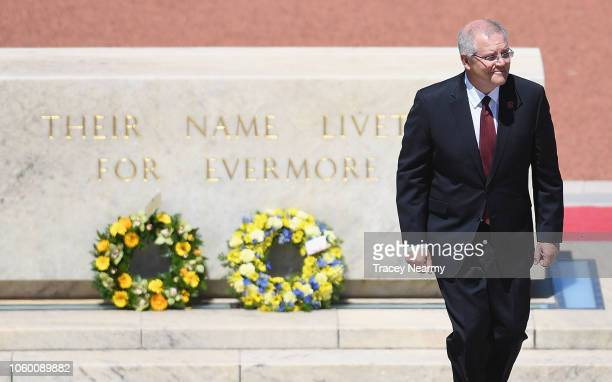 Australian Prime Minster Scott Morrison lays a wreath during the Remembrance Day Service at the Australian War Memorial on November 11 2018 in...