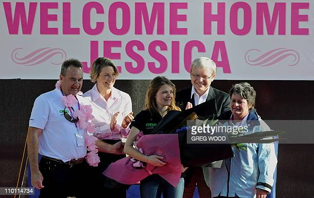 Australian roundtheworld sailor Jessica Watson age 16 with her mother Julie father Roger Australian Prime Minister Kevin Rudd and New South Wales...