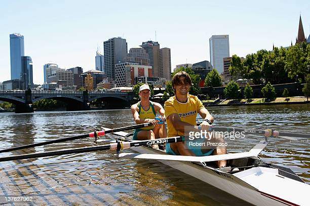 Australian rower Sarah Tait poses with David Ferrer of Spain on the Yarra River during day nine of the 2012 Australian Open on January 24 2012 in...
