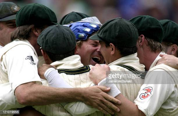 Australian Shane Warne celebrating his record 700th Test Wicket in Day One of the Fourth Ashes Test at the Melbourne Cricket Ground Australia...