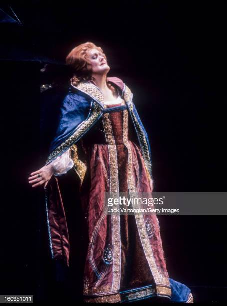 Australian soprano Dame Joan Sutherland in the final dress rehearsal prior of the Metropolitan Opera/Fabrizio Melano production of Giuseppe Verdi's...