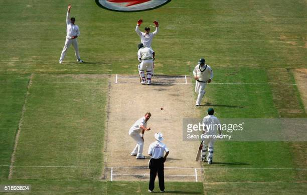 Australian team members appeal for lbw unsuccessfully during the First day of the Boxing Day test match between Australia and Pakistan at the...