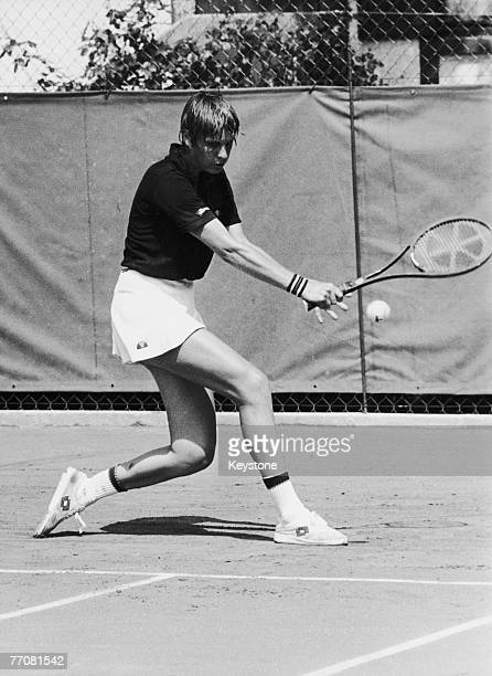 Australian tennis player Chris O'Neil takes part in the French Open at the Roland Garros Stadium in Paris 30th May 1979