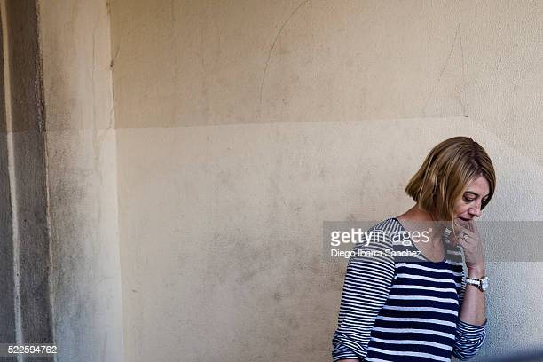 Australian TV presenter Tara Brown leaves a women's prison in the Beirut southeastern suburb of Baabda on April 20 2016 in Beirut Lebanon Australian...