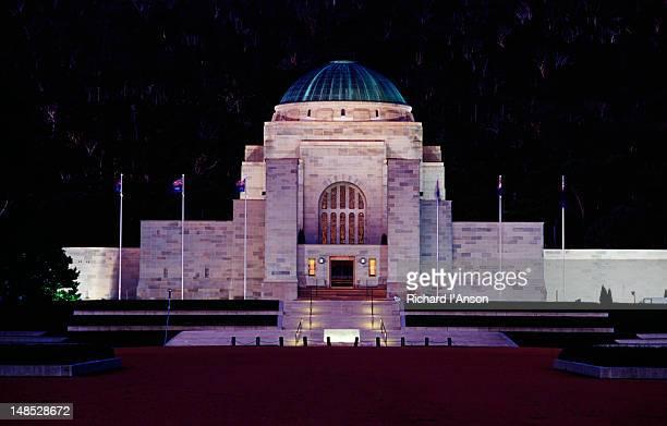 australian war memorial. - war memorial stock pictures, royalty-free photos & images
