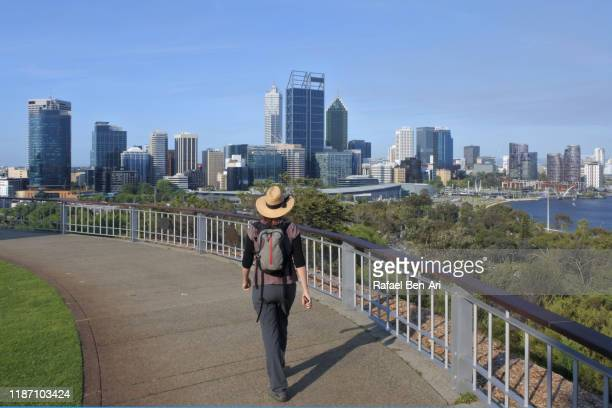 australian woman traveling in perth western australia - rafael ben ari stock pictures, royalty-free photos & images