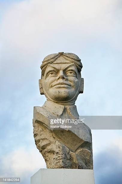 AUSTRALIA-Queensland-FRASER COAST-Bundaberg: Statue of Bert Hinkler, Bundaberg's most famous son, made first solo flight between England and Australia in 1928
