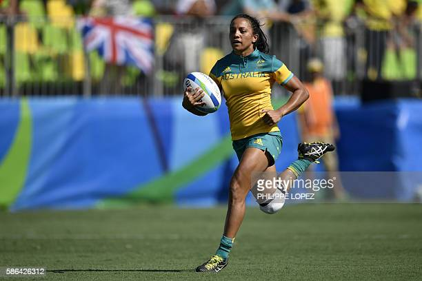 Australia's Amy Turner scores a try in the womens rugby sevens match between Australia and Colombia during the Rio 2016 Olympic Games at Deodoro...