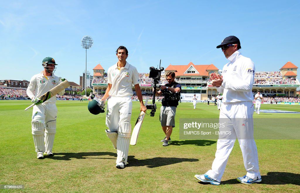 Cricket - First Investec Ashes Test - England v Australia - Day Two - Trent Bridge : News Photo