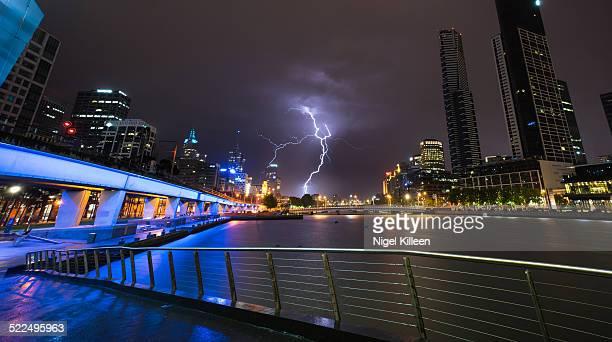 australia's cities & landmarks - melbourne storm stockfoto's en -beelden