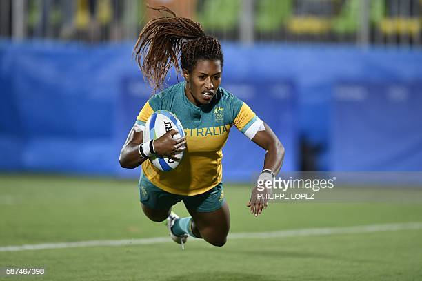 Australia's Ellia Green scores a try in the womens rugby sevens gold medal match between New Zealand and Australia during the Rio 2016 Olympic Games...