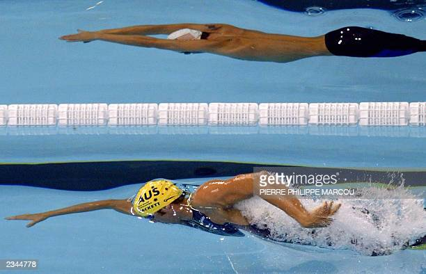 Australia's Grant Hackett and US Erik Vendt swim during the men's 1500m freestyle final 27 July 2003 in Barcelona at the 10th FINA Swimming World...