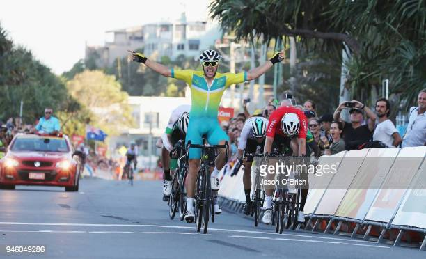 Australia's Steele van Hoff celebrates winning Gold during the Road Race on day 10 of the Gold Coast 2018 Commonwealth Games at Currumbin Beachfront...