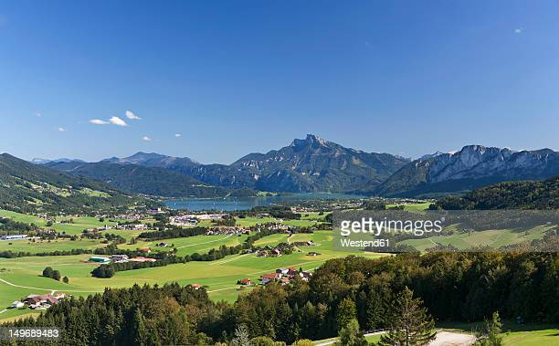 austria, mondsee, view of town with schafberg mountain - upper austria stock pictures, royalty-free photos & images