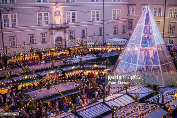 austria, salzburg, exterior - domplatz salzburg stock pictures, royalty-free photos & images