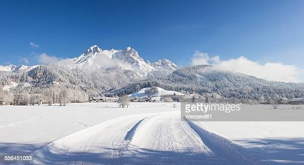 austria, salzburg state, saalfelden, steinerenes meer, winter landscape, cross-country ski-tracks in snow - saalfelden stock pictures, royalty-free photos & images