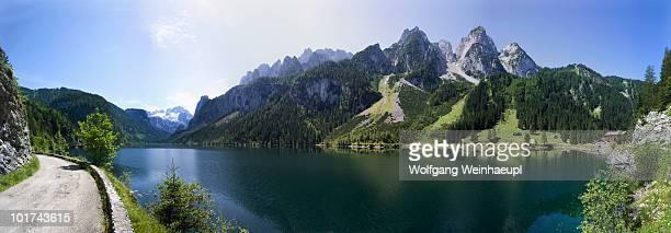 Austria, Salzkammergut, Lake Gosausee, Hiking trail in foreground